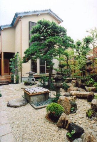 12.岸和田北町の家